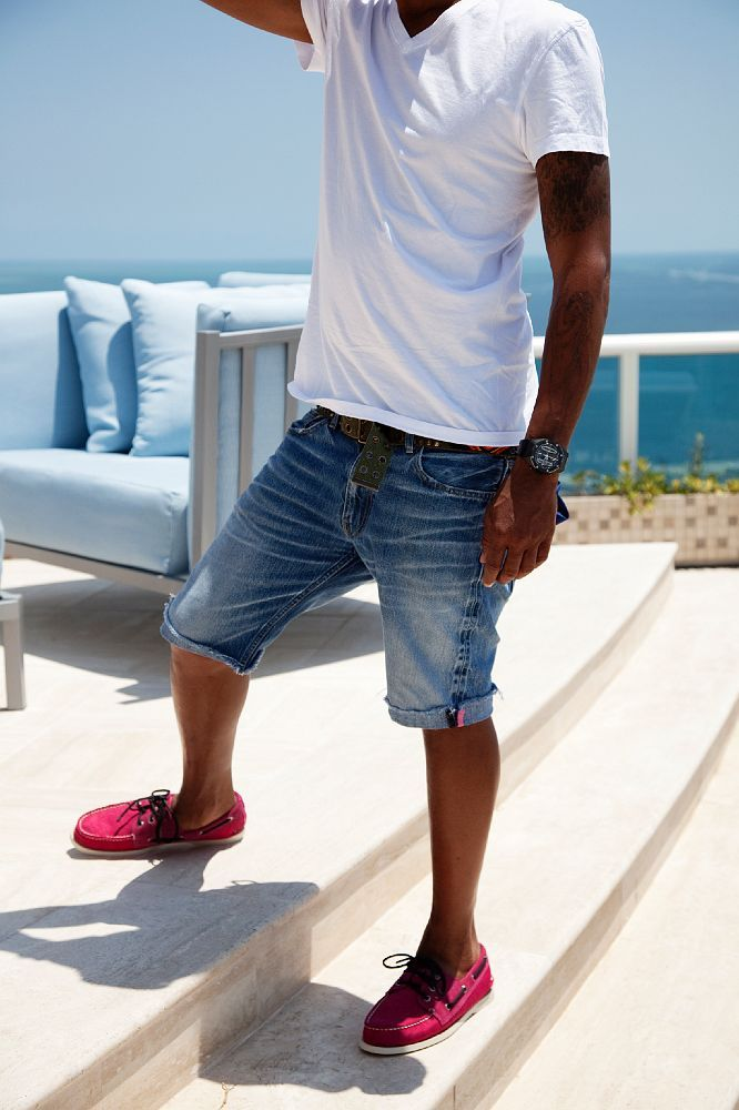 ce93b1a5a0 29 Relaxed Yet Stylish Men Vacation Outfits - Styleoholic