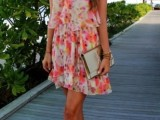 romantic-and-relaxed-floral-summer-dresses-22