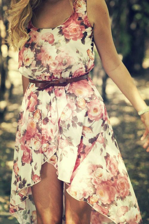 25 Romantic And Relaxed Floral Summer Dresses