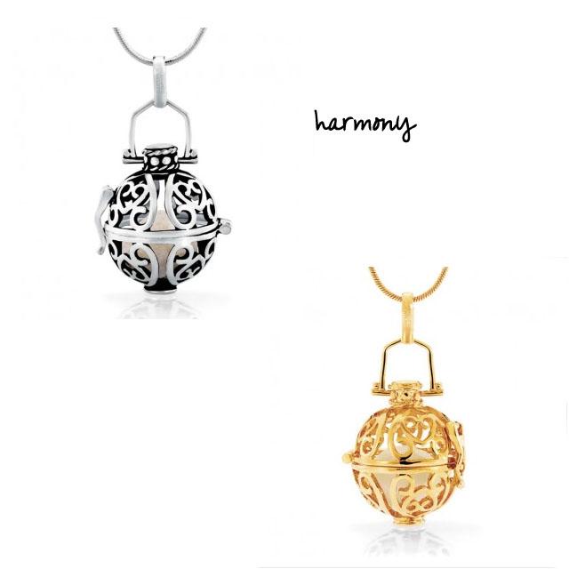 Picture Of romantic perfumed jewelry by renee van veen  2