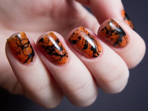 11 Scary DIY Halloween Nail Art Ideas