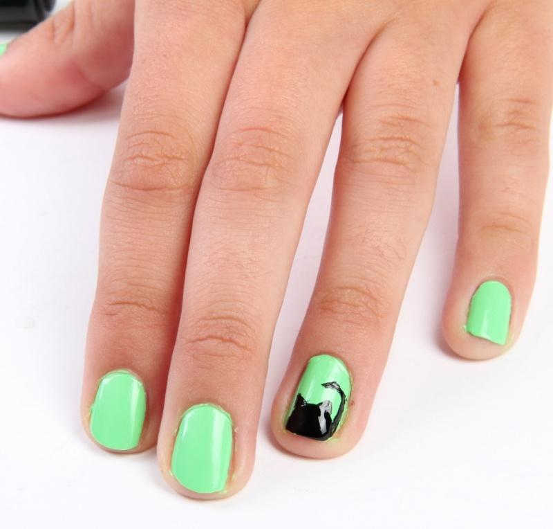 black cat nails