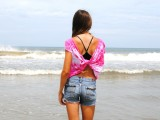 simple-and-comfy-diy-butterfly-twist-tee-for-summer-5