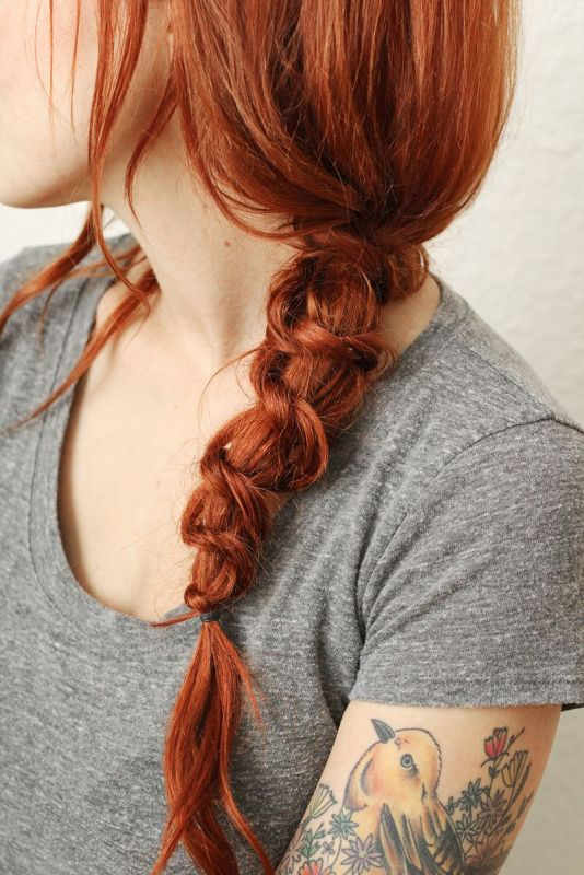 Picture Of simple and messy diy knot braid for everyday wear  1