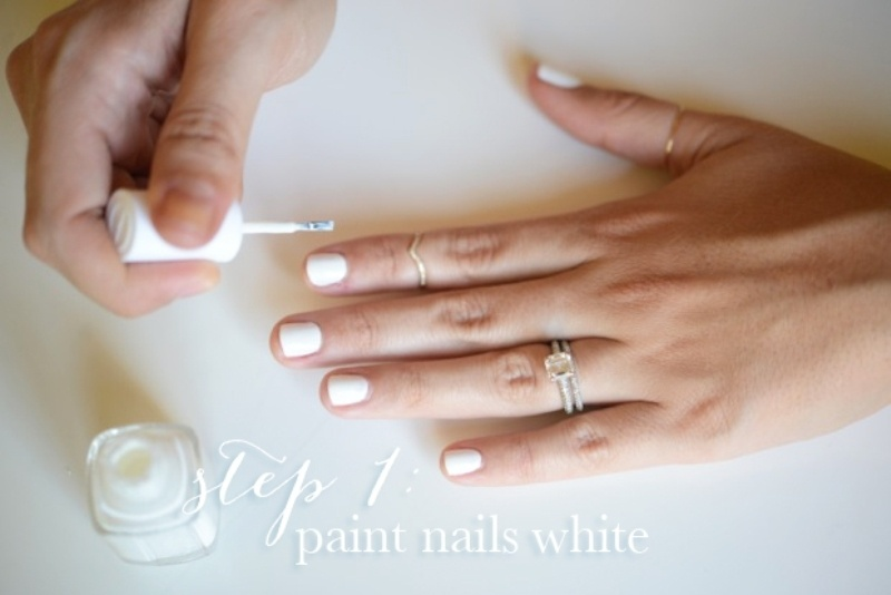 Picture Of simple and pretty diy glittery gold and white manicure  3