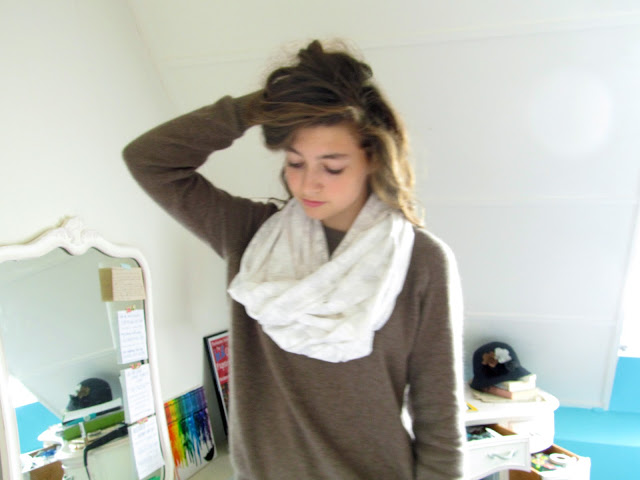 Picture Of simple diy infinity scarf  1