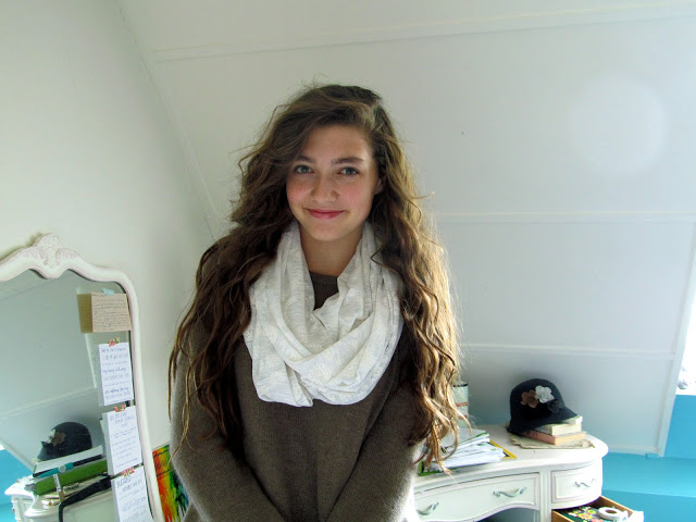 Picture Of simple diy infinity scarf  4