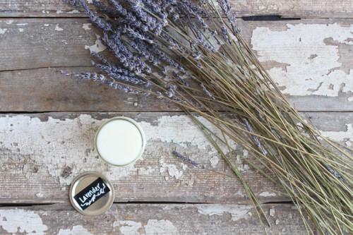 lavender deodorant (via styleoholic)