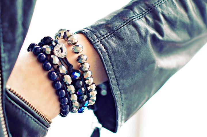 Picture Of sparkling diy wrap beads bracelet  1