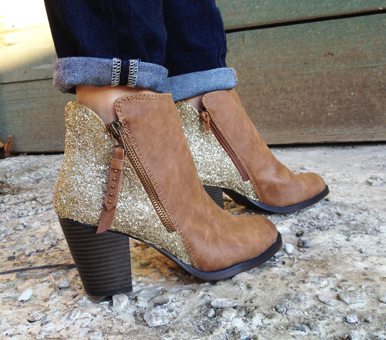 Picture Of sparkling fall idea diy glitter boots  7