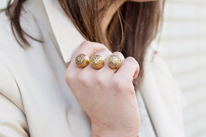 Picture Of sparkly diy two finger statement ring  1