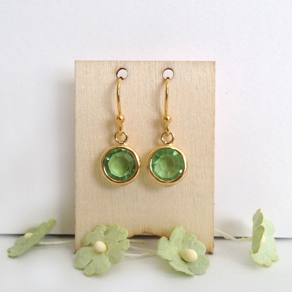Picture Of spring inspired and easy to make diy earrings  1