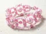 spring-inspired-diy-pink-beads-and-pearls-bracelet-6