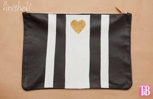 Picture Of striped diy leather clutch with a heart pattern  6