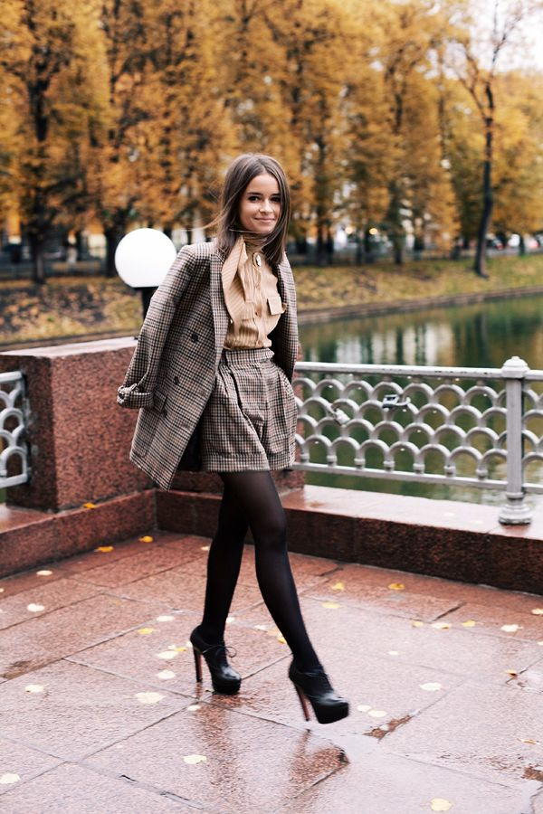 Picture Of stylish and comfy short coat looks to rock this fall  10