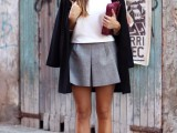 stylish-and-comfy-short-coat-looks-to-rock-this-fall-12