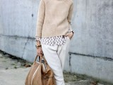 stylish-and-comfy-sweater-work-outfits-for-girls-17