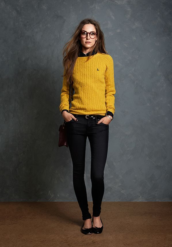 Picture Of stylish and comfy sweater work outfits for girls  21