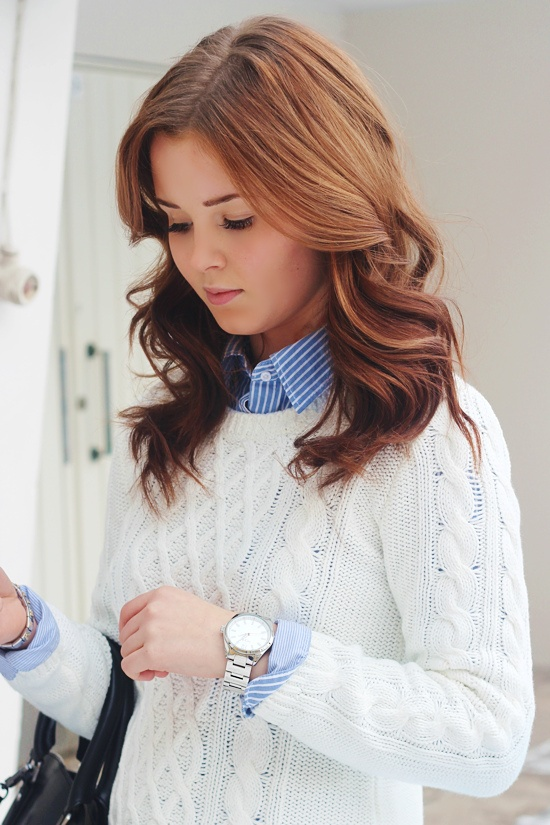 Picture Of stylish and comfy sweater work outfits for girls  9