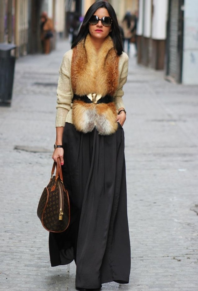 Picture Of stylish and comfy winter maxi skirt outfits  11