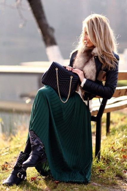 Picture Of stylish and comfy winter maxi skirt outfits  15
