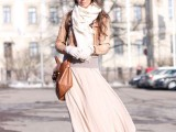 stylish-and-comfy-winter-maxi-skirt-outfits-16