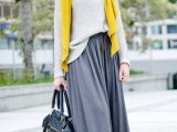 stylish-and-comfy-winter-maxi-skirt-outfits-17