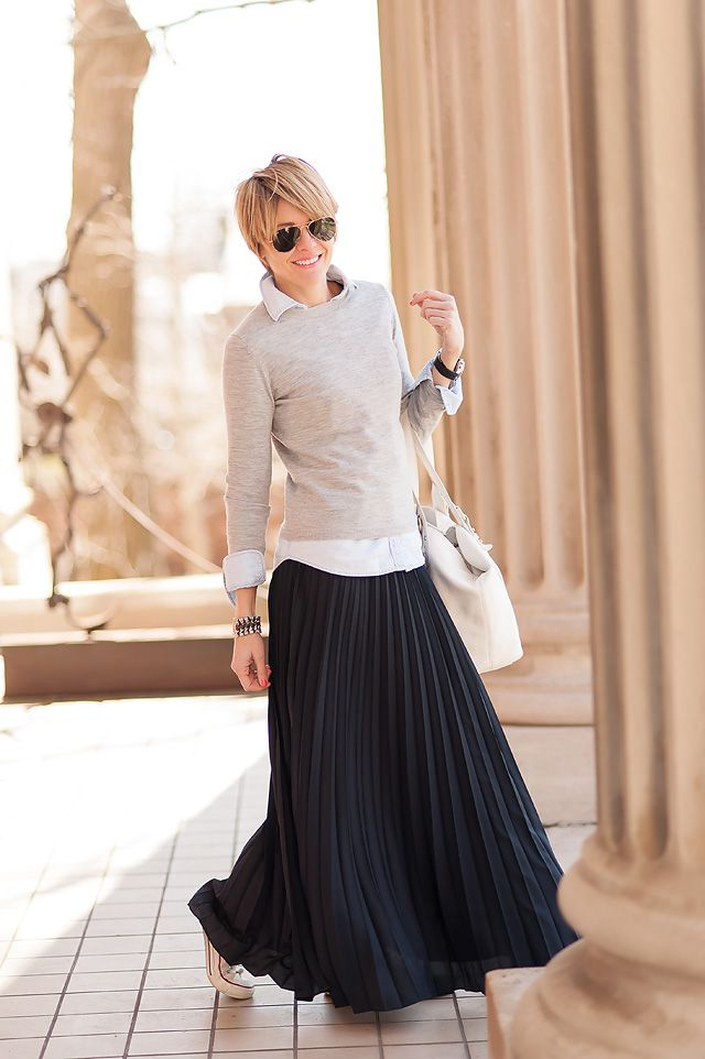Picture Of Stylish And Comfy Winter Maxi Skirt Outfits 19