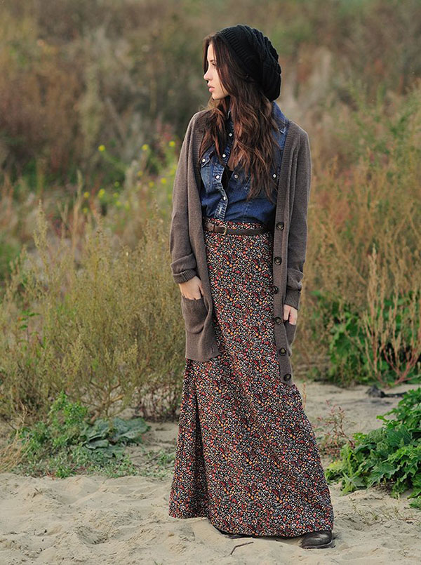 Picture Of stylish and comfy winter maxi skirt outfits  2