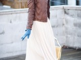 stylish-and-comfy-winter-maxi-skirt-outfits-24