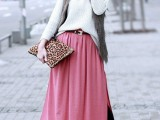 stylish-and-comfy-winter-maxi-skirt-outfits-26
