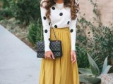 stylish-and-comfy-winter-maxi-skirt-outfits-4