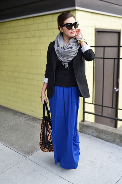 Picture Of stylish and comfy winter maxi skirt outfits  9