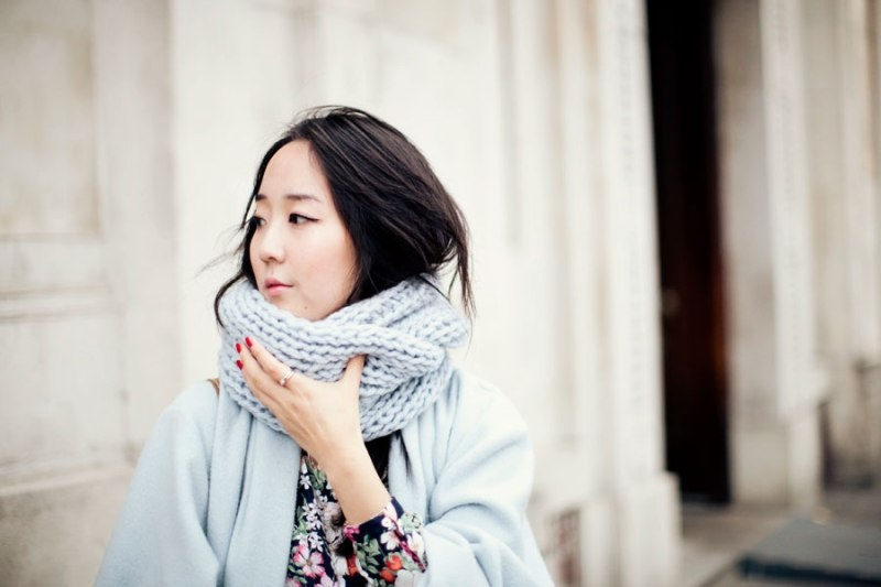 Picture Of stylish and lovely diy knitted snood  6