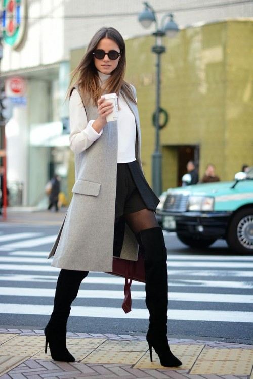 17 Stylish And Sexy Work Looks With High Boots