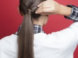 stylish-and-smooth-diy-low-ponytail-hairstyle-5