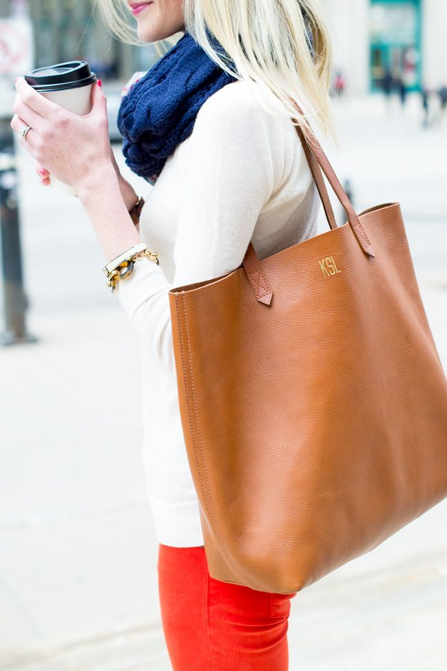 Picture Of stylish bags that are appropriate for work  1