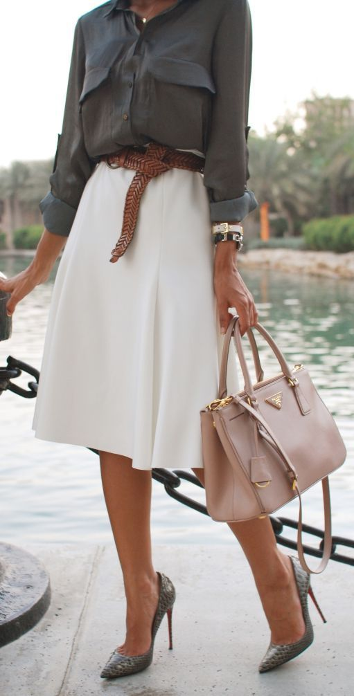Picture Of stylish bags that are appropriate for work  13