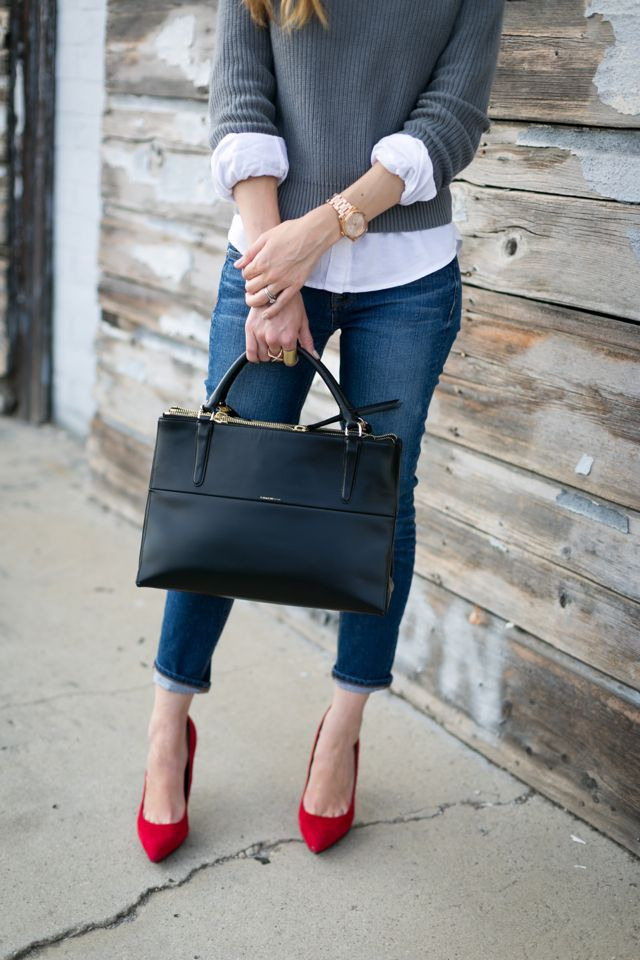 Picture Of stylish bags that are appropriate for work  6