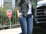 stylish-celebrities-looks-with-boots-29