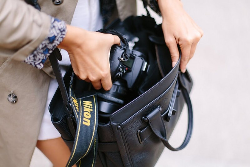 Picture Of stylish diy camera bag to make  1