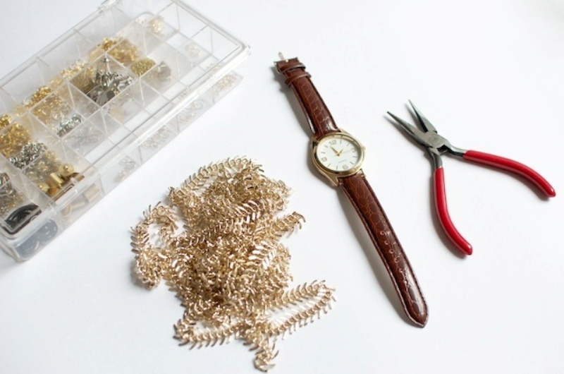 Picture Of stylish diy chain strap watch  2