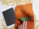 stylish-diy-leather-ipad-case-with-lining-5