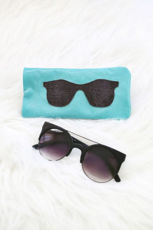 Stylish DIY Leather Sunglasses Holder