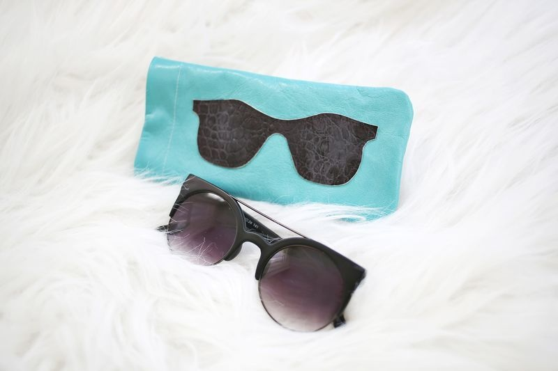 Picture Of stylish diy leather sunglasses holder  2