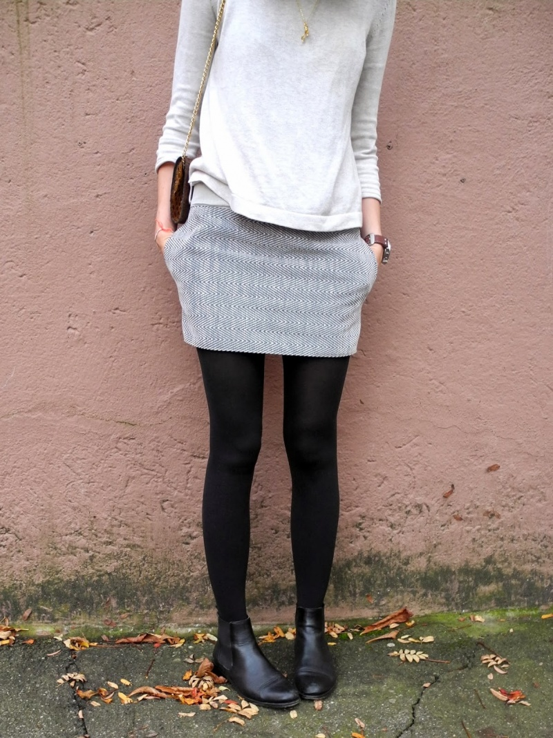 Picture Of stylish diy miniskirt with pockets  2