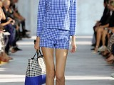 stylish-gingham-outfits-1