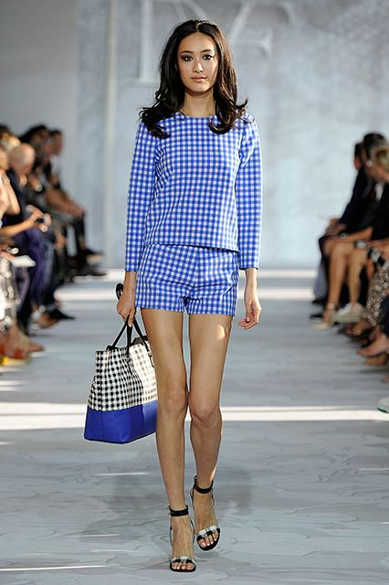 Picture Of stylish gingham outfits  1