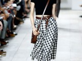 stylish-gingham-outfits-23