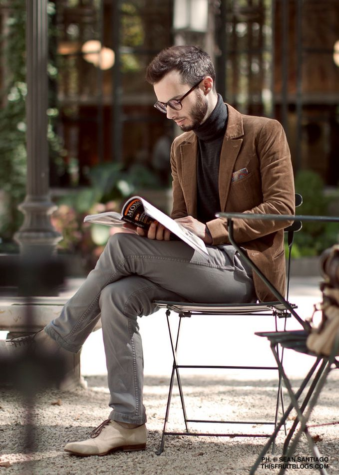 Picture Of stylish winter men outfits for work  17